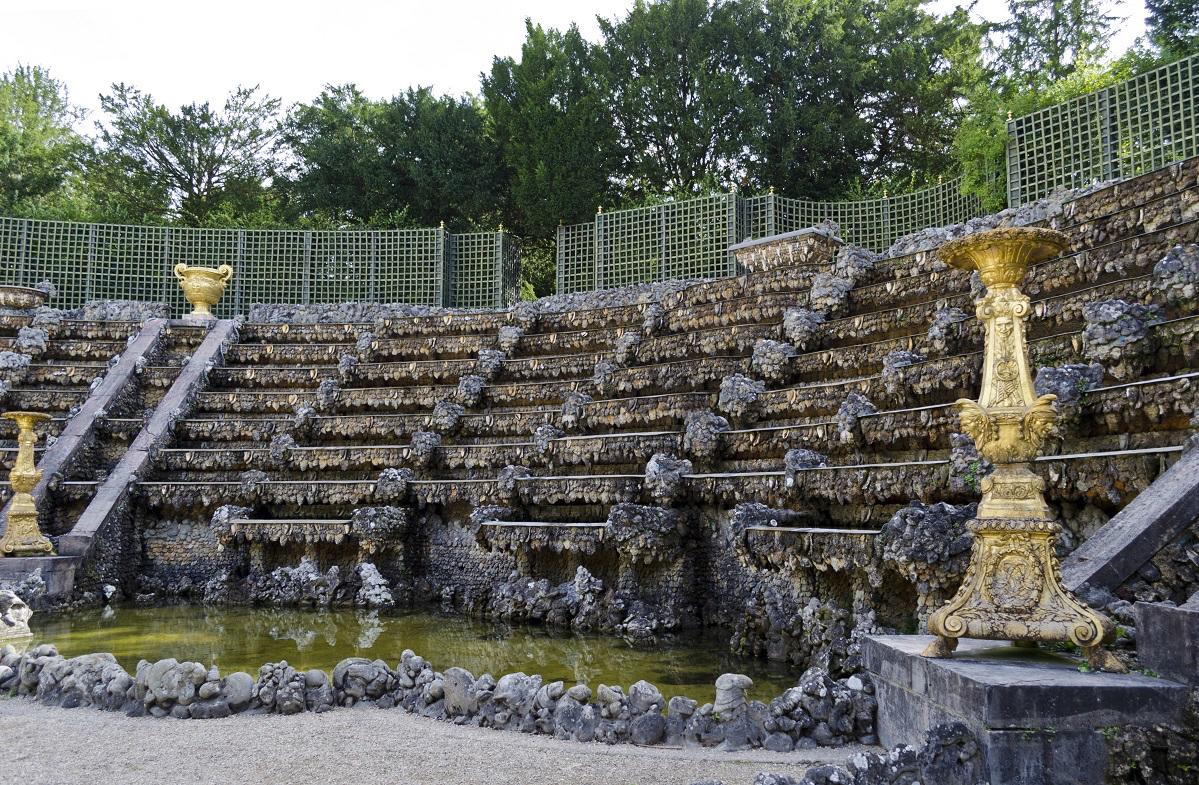 Perückenalarm in Versailles! Diese Figuren gab es wirklich